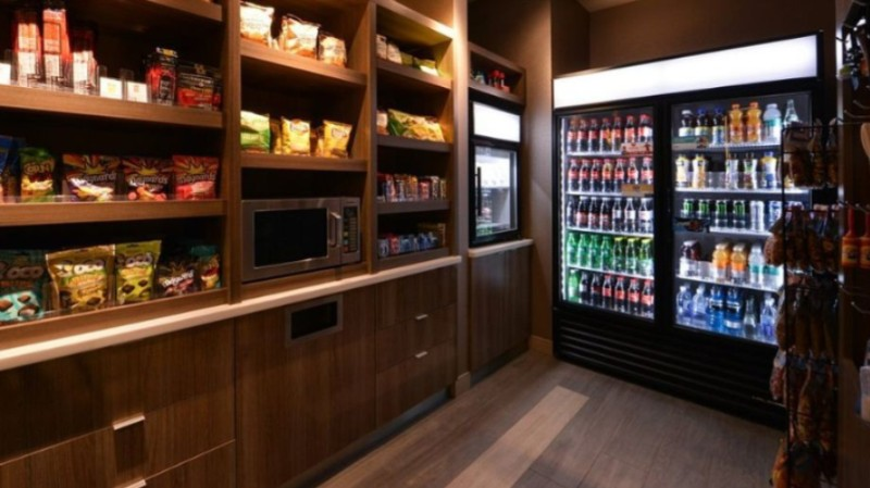 All Of Us Know How Is It To Crave For Some Late Snack Before Bed... Even In This Case We Have A Solution For You -Our 24 Hour Market For A Big Variety Of Snacks & Beverages. 11 of 23