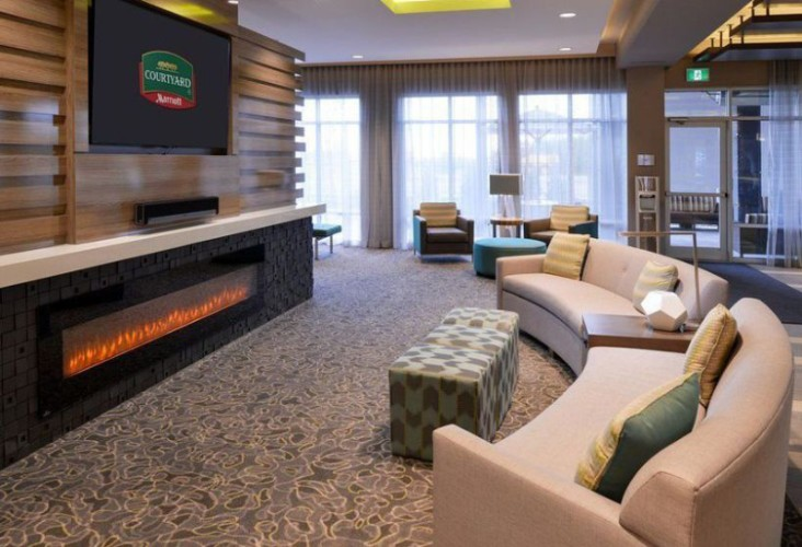 Welcome To Our Spacious & Modern Lobby With Plenty Of Comfortable Seating Areas Flat Tv Screens Which Have Netflix On It And So Much More! 4 of 23