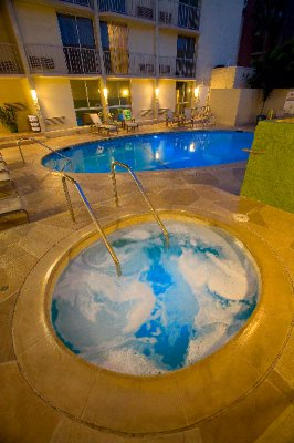 Relax And Unwind In Our Pool Or Jacuzzi 9 of 10