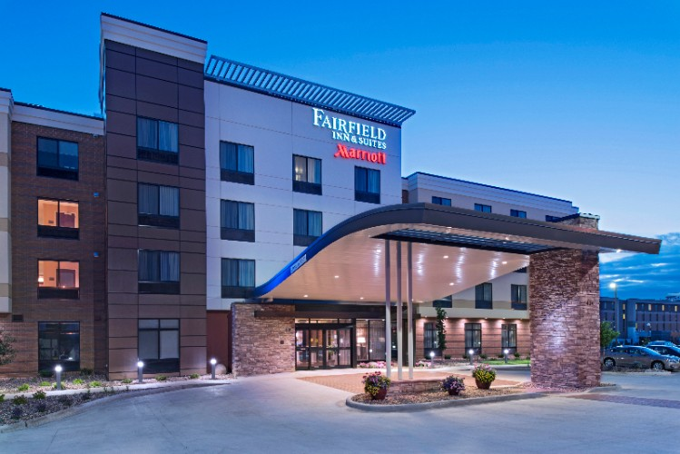 Fairfield Inn & Suites La Crosse Downtown 1 of 10