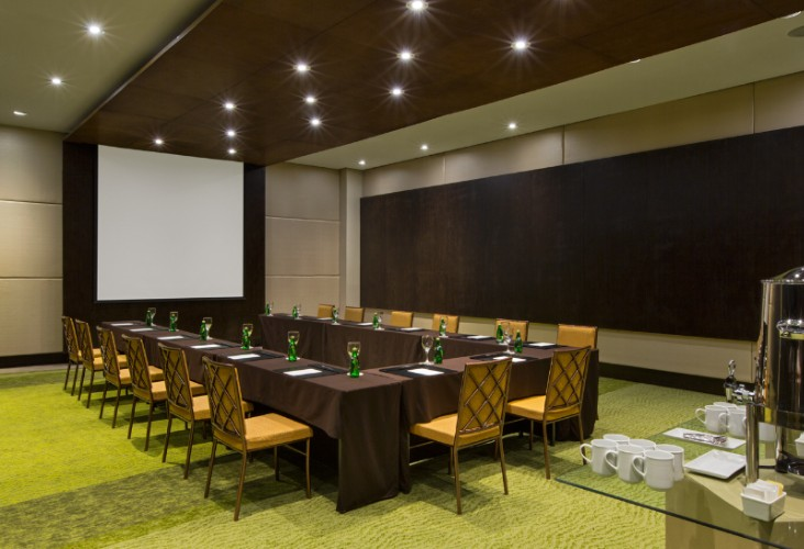 Coral Meeting Room 6 of 11