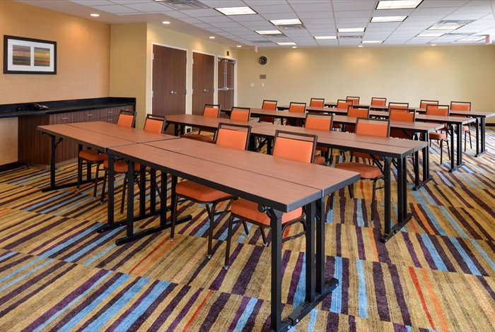 Our Meeting Room Is Ideal For Corporate Or Social Gatherings 15 of 16