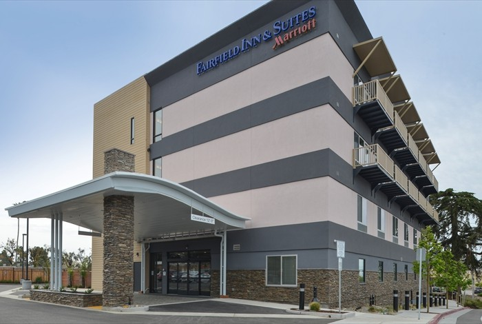 Welcome To Fairfield Inn & Suites By Marriott Santa Cruz Ca 4 of 16