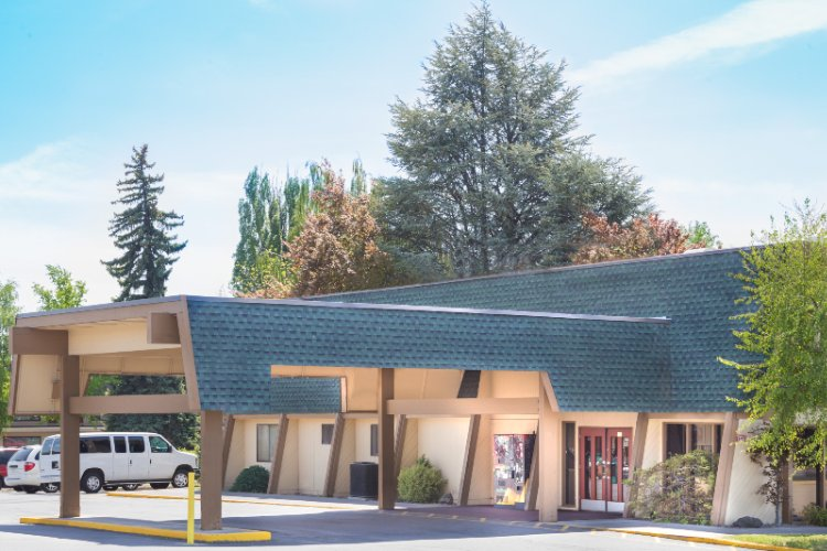 Image of Days Inn Klamath Falls