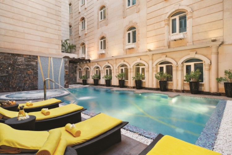 Wyndham Grand Regency Doha Swimming Pool 19 of 19
