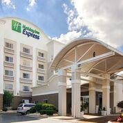 Holiday Inn Express & Suites Mooresville 1 of 10
