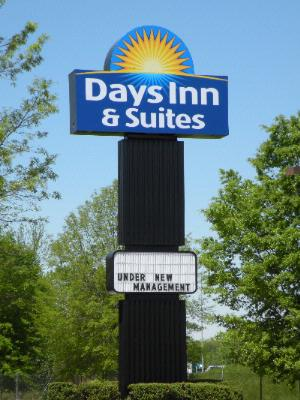 Days Inn & Suites Airport 1 of 6