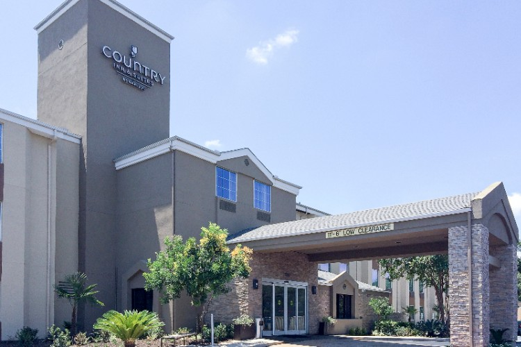 Country Inn & Suites by Carlson San Antonio Medica 1 of 12