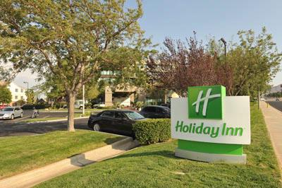 Holiday Inn Palmdale 1 of 20