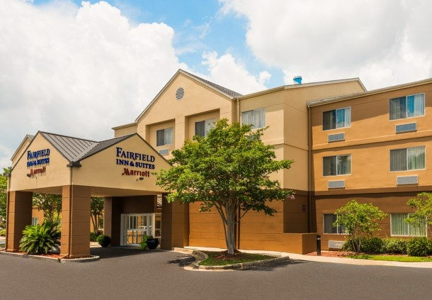 Fairfield Inn & Suites by Marriott Mobile 1 of 5