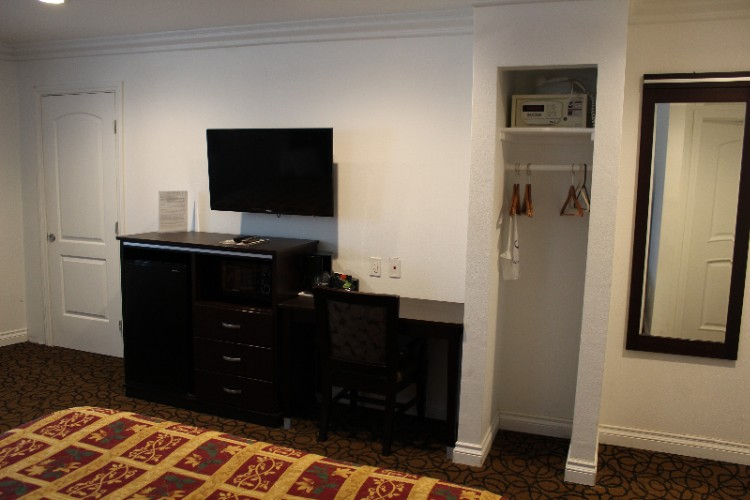 Standard Room Showing Amenities 14 of 16