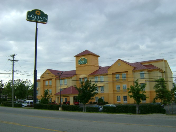 La Quinta Inn & Suites Lexington / Hamburg 1 of 7