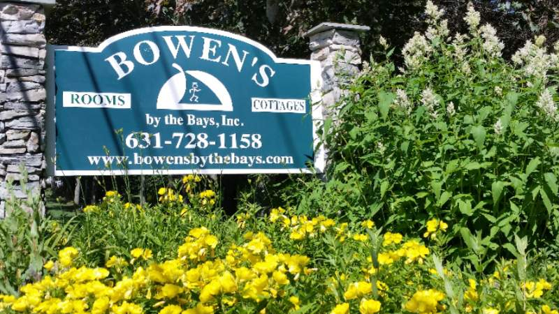 Bowen\'s by The Bays 1 of 12