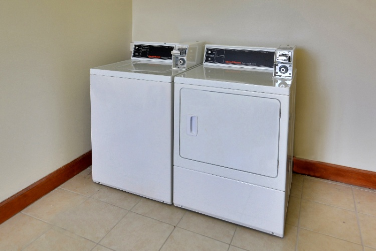 Laundry Facility 17 of 19