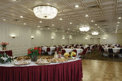 Mardi Gras Ballroom For Wedding Or Social Events 17 of 22