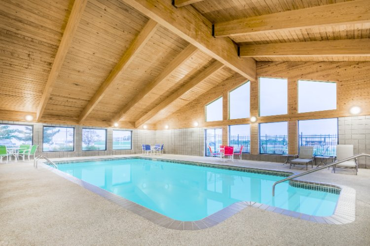 Indoor Heated Pool 4 of 15