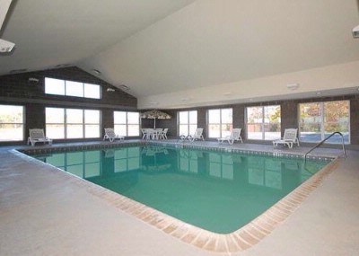Indoor Heated Pool 2 of 7