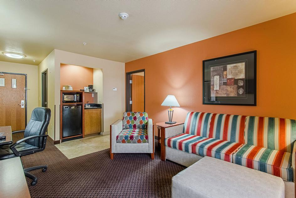 2 Room Suites Available 11 of 38