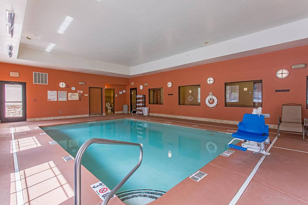 Indoor Heated Pool And Spa 38 of 38