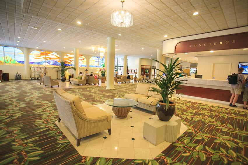 Expansive Open Air Lobby. 5 of 6