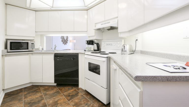 2 Bedroom 2 Bathroom Presidential Suite: Fully Equipped Kitchen 17 of 18