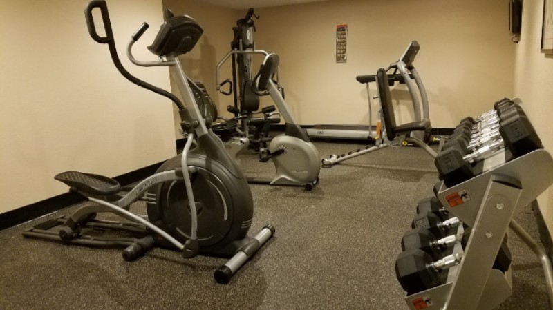 Fitness Room 9 of 20