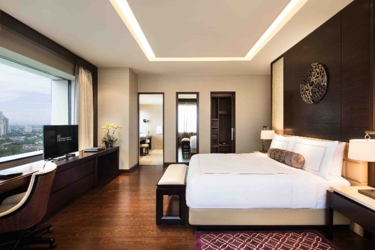 Junior Suite -Fairmont Suite (113 Sqm) 8 of 12