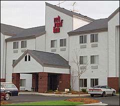 Image of Red Roof Inn Boston Woburn