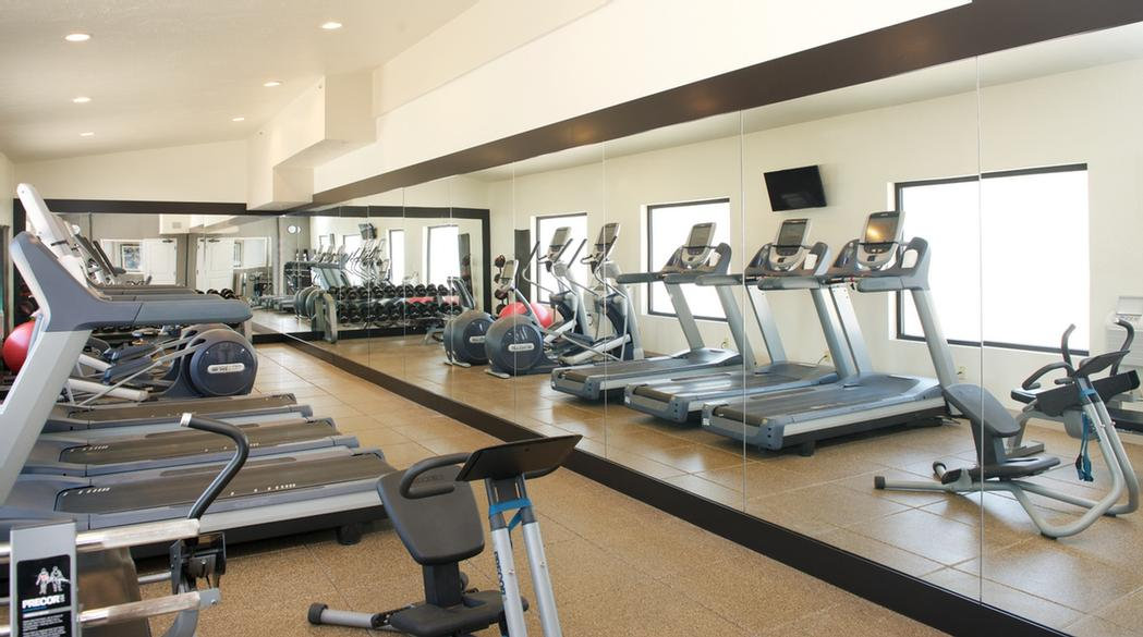 Fitness Center 14 of 24
