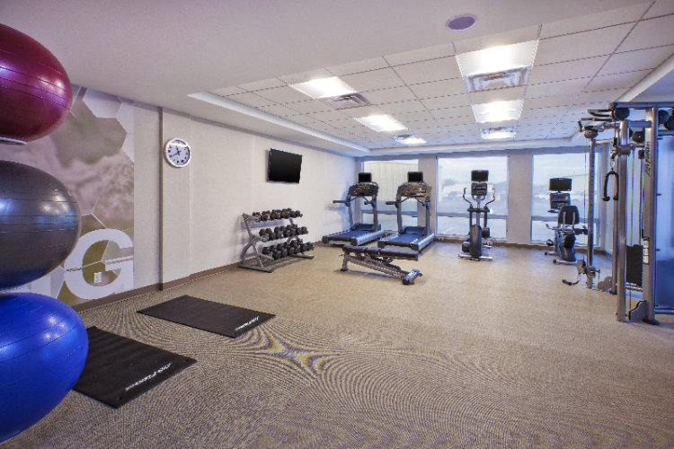 Fitness Center 8 of 17