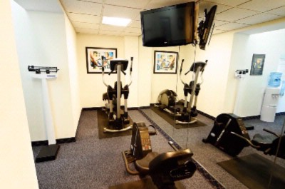 Fitness Center 9 of 14