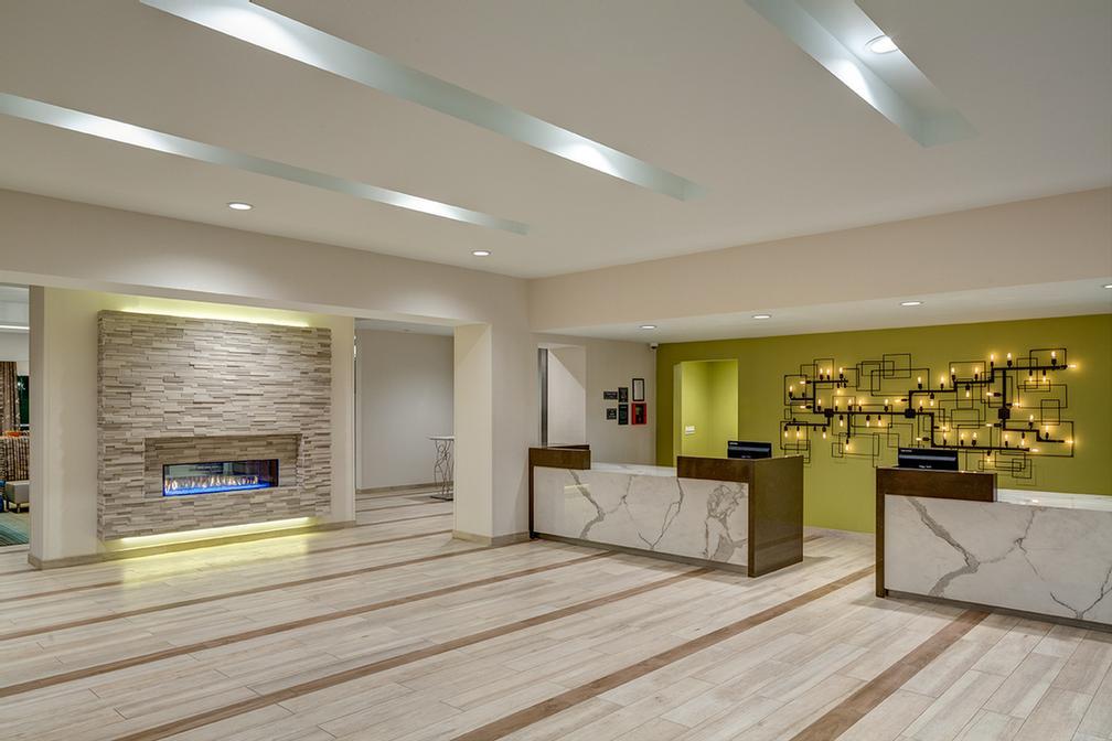 Hampton Inn Suites Murrieta 25140 Han Ave Ca 92562