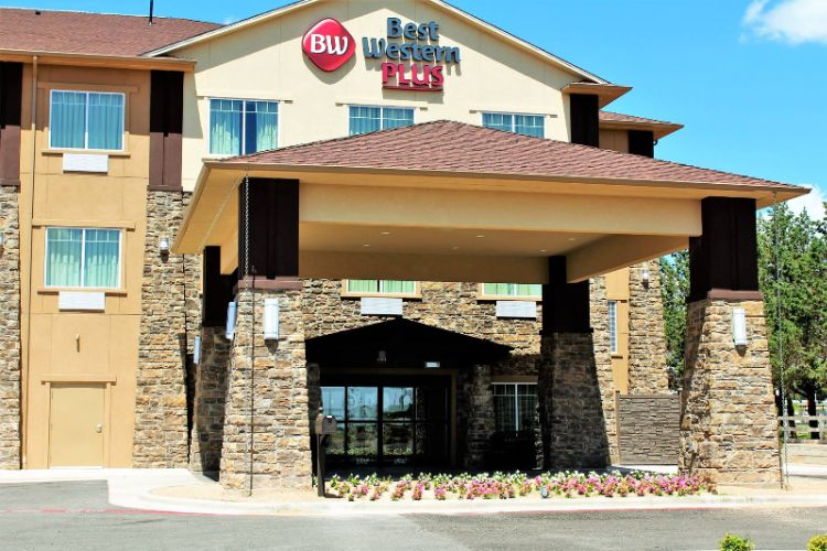 Best Western Plus Denver City Hotel & Suites 1 of 14