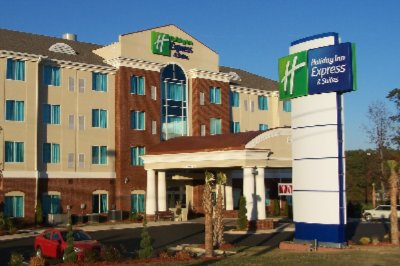 Holiday Inn Express & Suites Conyers 1 of 11