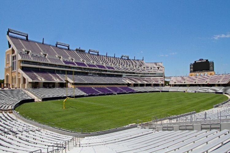 Amon G. Carter Stadium 10 of 13