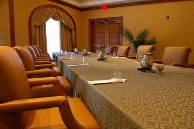 Corporate Retreats And Meetings 6 of 8