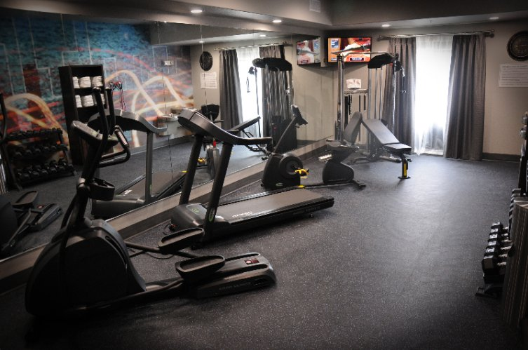 24 Hour Fitness Center 6 of 8