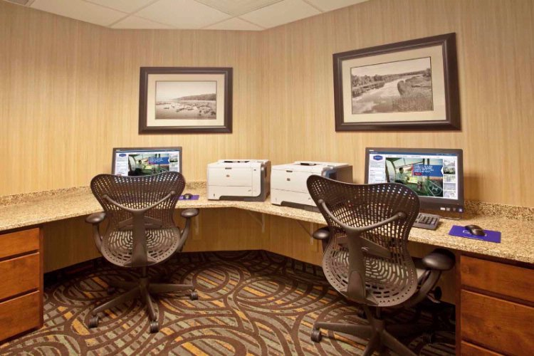 Please Enjoy Our Business Center To Take Care Of The Business And Or Personal Needs To Stay Connected When Staying With Our Property. We Are Working Hard To Keep You In The Loop And Connected While Traveling. 11 of 15