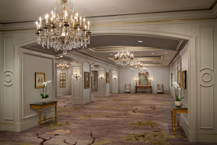Ballroom Foyer 10 of 11