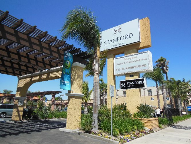 Image of Stanford Inn & Suites Anaheim