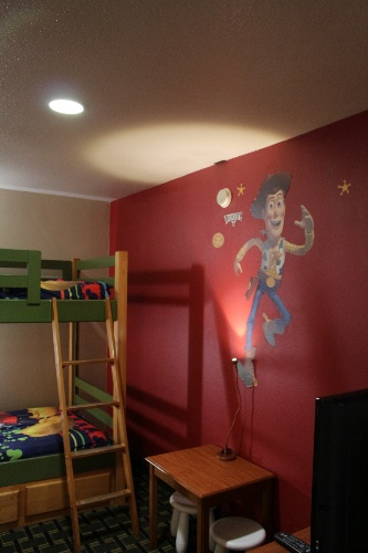 Kid Suite W/ Bunk Bed 5 of 13
