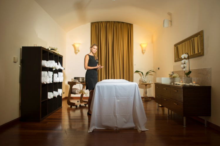 Spa Treatment Rooms 27 of 28
