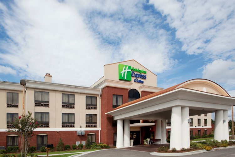 Holiday Inn Express & Suites Hardeeville Hilton He