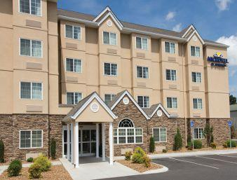 Microtel Inn & Suites by Wyndham Shelbyville 1 of 11