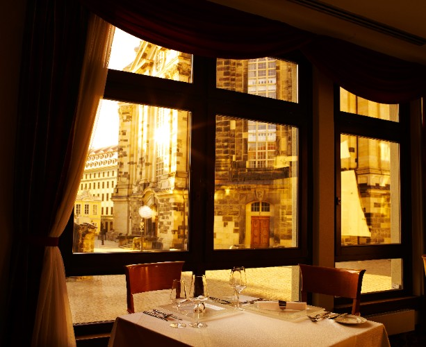 Restaurant Rossini With Direct View To The Church Of Our Lady 15 of 31