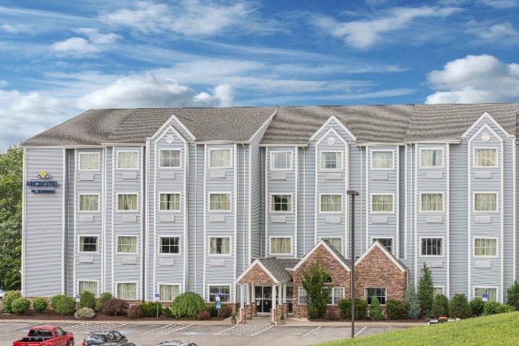 Microtel Inn Suites By Wyndham Waynesburg 300 Comfort Ln Pa 15370