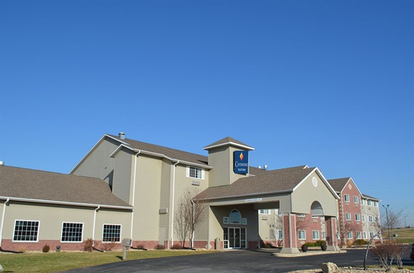 Centerstone Inn & Suites 1 of 10