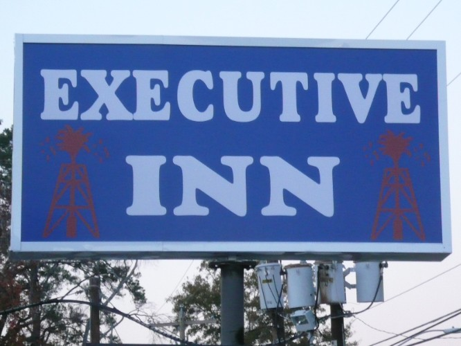 Executive Inn 1 of 12