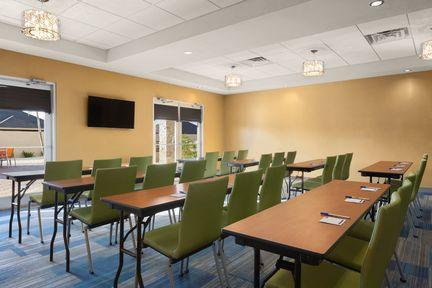 Largest Meeting Room 6 of 6