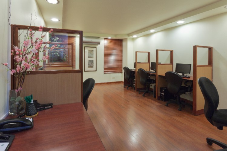 Business Center 5 of 20